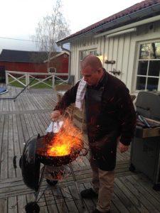 magnus grillar